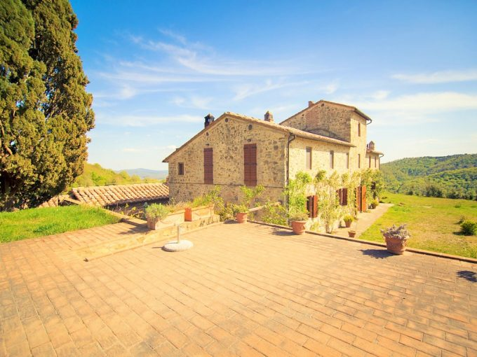 Tuscany Real Estate - Casale Rosennano   - ALB 0985 680x510