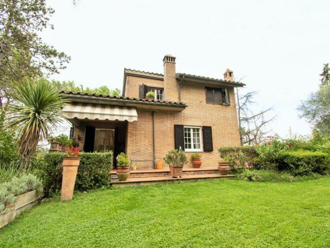 Tuscany Real Estate - Villa Certosa   - DSC 0064 680x510