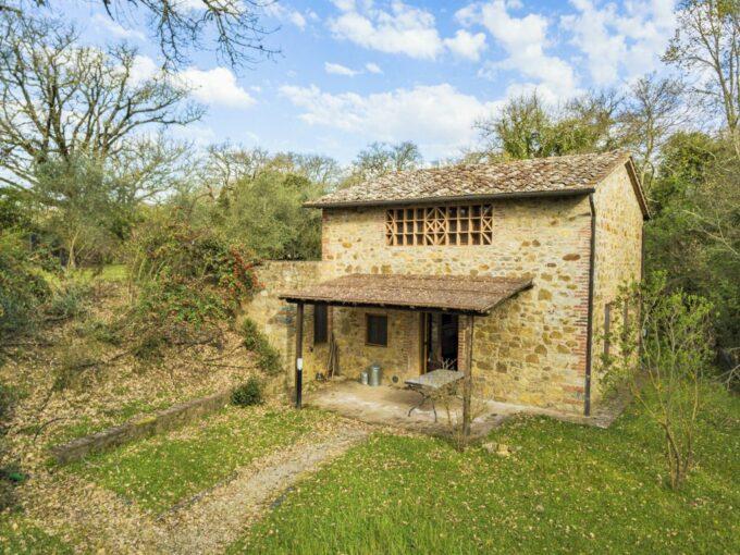 Tuscany Real Estate - Capanna Arceno   - DJI 0885 680x510